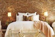 Yatak Odası / by Nazlı Derya