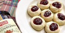 Cakes & cookies with lingonberry jam