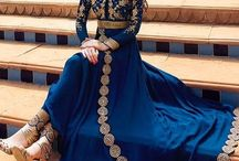 ~CLΩthes& ᒪEᕼEᑎGᗩ ᗪᖇEᔕᔕEᔕ~ / shalwar kameez/lehenga dresses