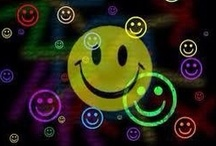 Smiles / by Luisa Lizano