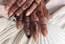 Simple Hennas