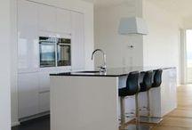 Küchen / Küchen unserer wohngesunden und ökologischen Einfamilienhäuser und Zweifamilienhäuser in Holzrahmenbauweise.