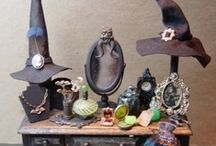 Haunted Dollhouses and Miniatures / by Arthea Elena Frasca Odorizzi