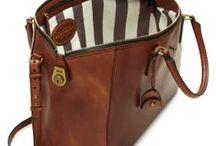 Hand bags & Clutches / by Sue Ashtigo Pittard