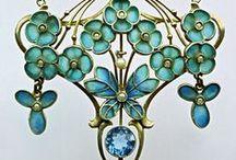 Vintage Jewelry / Vintage Jewelry & Vintage Inspired Jewelry / by Nina Designs.com