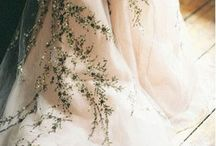 Golden bride - For bohemian and vintage brides and weddings