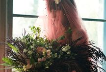 Non white colourful bride - For bohemian and vintage brides and weddings / Colourful wedding dresses and veils for bohemian and vintage brides. Who said a wedding must be white?