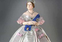 Figures : Royal & Historic