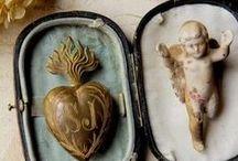 Angels, Santos and Religious Artifacts