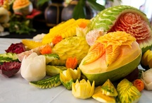The art of fruit carving / The art of fruit carving has a several hundred years old tradition...