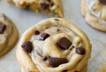 Cookies, Brownies, & Bars / by Holly Scogin