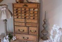 Tiroirs anciens+boutons tiroirs / comodes avec touts pleint de tiroirs vintage,bouton pour tiroirs
