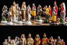 Handmade Chess Set Crusader - hand painted / Handmade Tin Chess Set Crusaders - hand painted, inspired by the period of Templar expeditions to the Holy Land during the 10th-11th centuries. It is characterized by figures with a templars motif.  The tin pieces have an amazing heavy feel and inspiring presence. Chess set of 32 figures, weight 5.8 Kg. Shapes sizes: King - 11,5 cm, and weight 300 gr.  Marble chessboard with Wooden hand-carved chest.