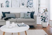 Гостиная / Уютные,светлые гостиные в скандинавском стиле,  зона отдыха, тв-зона, книжные полки