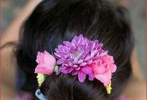 Аксессуары из живых цветов / Веночки, заколки, браслеты из живых и ароматных цветов