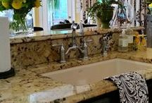 Kitchen Design Ideas / Beautiful kitchens and kitchen details such as fixtures, counters, cabinets, etc.
