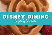 Disney World Dining Tips / Food is a key element to every Disney vacation! Covering tips on eating a various Disney World restaurants, pointing out the best snacks to eat at Disney, the Disney Dining plan and anything else Disney food related. #disneyfood #disneydining #disneytreats #disneymeals