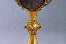 chalice,monstrance,cross-history / historické poháry z různých materiálů