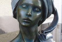 M-P.DEVILLE-Chabrolle  1952 / impressionistická,Art- sochařka-různé druhy materiálů,různé velikosti-bronz,hlína,