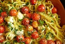 FOOD - Entree / by JamieBethS