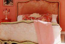 Dream Bedroom / by Danielle Villhard