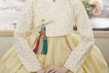 Hanbok : Korean traditional clothes(dress) / Korean traditional clothes