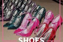 Shoes Are Girls Best Friends  / Ass: Carrie Bradshaw.