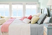 Interiors: Bedroom / by Rebekah Kik