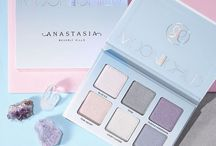 Cute pastel make up products and pics