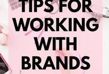 Working With Brands / Bloggers want to know how they can create a blog and make money. Pitching brands, writing sponsored posts and even working with brands is entirely possible and an essential part of your income strategy.