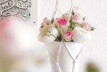 Flowerpower / Deko-Ideen mit Blumen und Pflanzen- Arrangements, Blumen-Kränze, Tischdeko, Sträuße binden, DIY Blumenampeln, tolle Vasen, Gestecke für Feiern, Partys und Geburtstage und mehr. Für alle, die Flowerpower lieben!