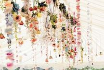 Hanging Flower Designs / Stunning ideas for hanging flower installations and floral designs. Including flower chandeliers, hanging floral arches, flower curtains, hanging vases and terrariums.