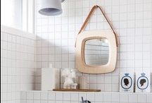 Bathroom / by Zita Hamabi