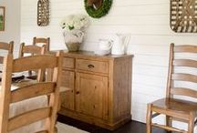 Dining Room Ideas! / Crafts, decor, tablescapes, storage, and other clever ideas for your dining room, breakfast nook, or eat-in kitchen! #homedecor #DIY #decorations #decor #diningroom #breakfastnook #eatinkitchen #chinacabinet