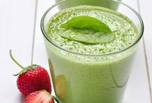 Mocktails & Smoothie Recipes / Our favorite recipes for a blend-able treat.  Smoothie recipes and fun non-alcoholic drinks.