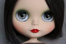 Blythe / Dolls  / by Diana Chacón