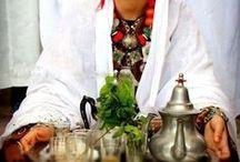 Gastronomie du Maroc / La gastronomie Marocaine est un délice pour ses habitant mais surtout pour ses visiteurs. Elle laisse des souvenir palpitantes au plus aventuriers de ses convives.