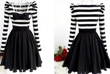Awesome Dresses / by Cheyenne Nichole