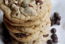 Cookie Jar / by Charlotte Groth