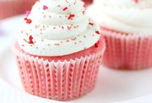 Cupcakes / by Ellen Piekaar