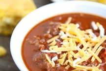 Cheers to Chili / Join us for our #Cheers2Chili Twitter Party on Feb 26th @ 4p EST. Chili recipes, chili inspiration, bean chili, chili meat, chili bowls, kid-friendly chili, veggie chili, slow cooker chili, white bean chili.