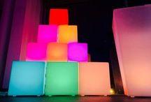 Idées Cadeaux pour Noël ! / Idées Cadeaux pour Noël ! Mobilier lumineux et coussins géants jusqu'à -75% sur http://www.LiveDeco.com/