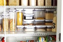 Pantry Organization / Don't be envious, you too can have a meticulously organized pantry.