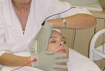Best facials in Beverly Hills / Skin rejuvenation studio and anti aging treatments with luxurious Valmont skincare products and image skincare.