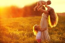 Family Posing Inspiration / by Alicia Teenier