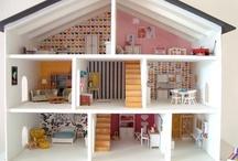 dollhouse/miniatures / by Kelly Carey