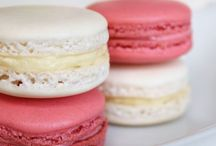 Macarons / Just tried a macaron and want to try and make them because they are so good! / by Lara Batherson