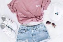 Summer Fashion: Outfits, Bikinis, Accessoires / Es werden Summer Looks, Outfits & Ideen gezeigt. Alles was man im Sommer eben braucht. :)