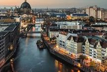 Berlin / Berlin what a wonderful city. Things to do, places to eat, accommodations and more.