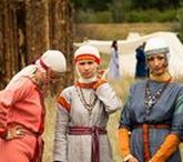 Balten / Op het evenement Yggdrasil kunnen de spelers in aanraking komen met leden van Baltische stammen. De Balten zullen op Yggdrasil qua kleding aan de hand van de afbeeldingen die u hier vindt vorm gegeven worden.